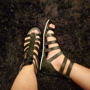 Just fab gladiator sandals size 6-1/2